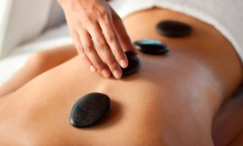 O tratamento com pedras quentes para a saúde